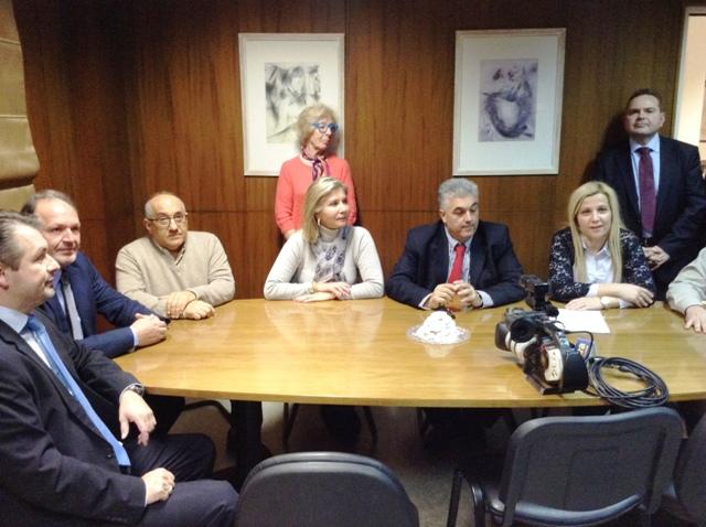 Υπεγράφη η σύμβαση για το νέο αξονικό του Γ.Ν.Βόλου